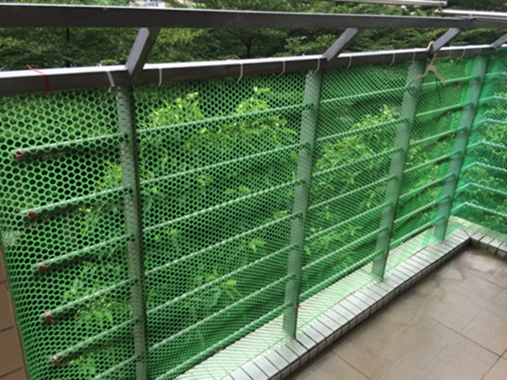 1-10M-Grass-Protection-Mesh-Lawn-Mat-Car-Park-Reinforcement-Plastic-Turf-Green-1-10M-Trellis